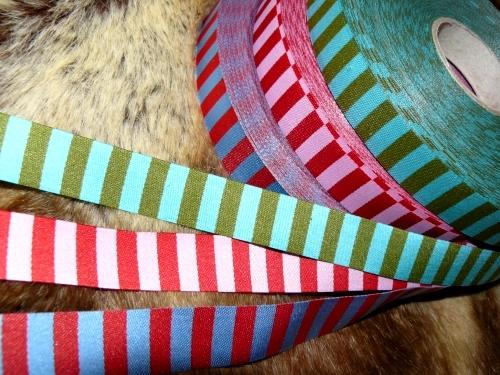 Schleifenband farbenmix, Ringelbänder