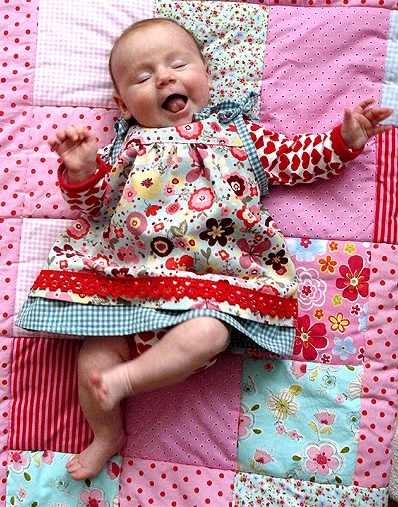 Schnittmuster Baby Kleid, farbenmix