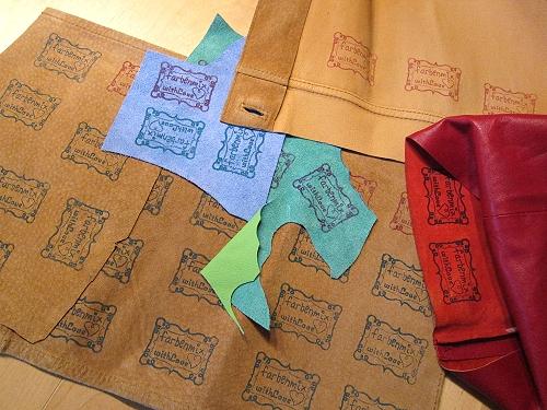 Leder bestempeln, Labels selber machen, farbenmix
