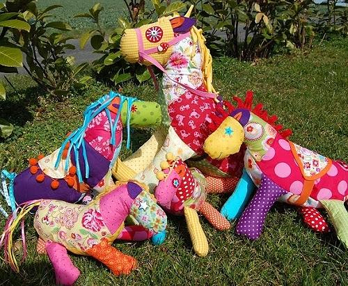 Pferd nähen, Kuscheltier Pferd, farbenmix Schnittmuster