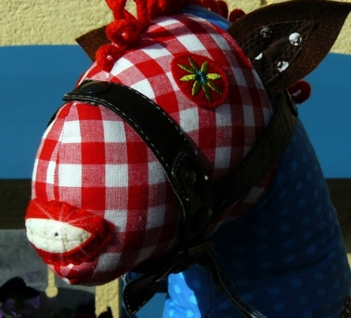 Knuffelpferd nähen, Schnittmuster Pferd, Pony, Anleitung farbenmix CD