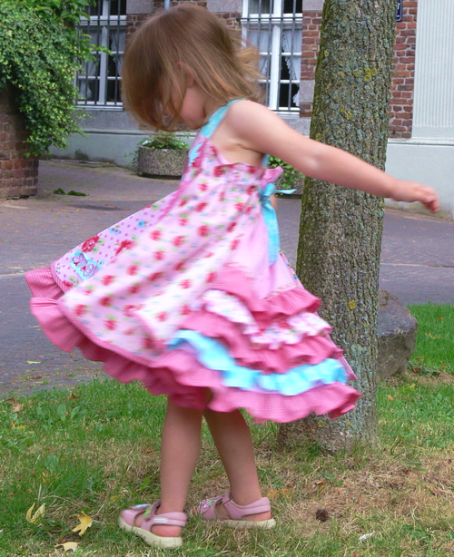 Prinzessinkleid, Schnittmuster FELIZ, farbenmix