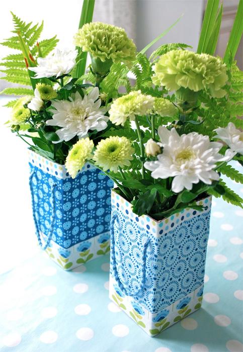 Blumenvasen aus verkleideten Tetrapacks, farbenmix