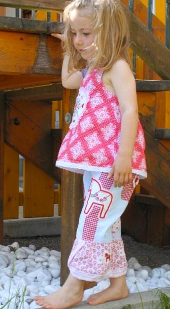 Kinderschnittmuster Hose SINA, Schnittmuster farbenmix