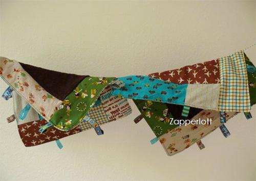 Zipfeltuch, Nuckeltuch für Babys mit farbenmix-Webbband