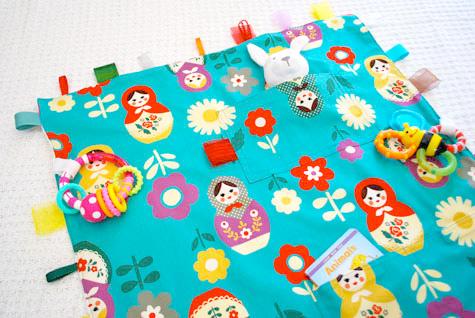 Tutorial Babydecke nähen, Spieldecke, farbenmix