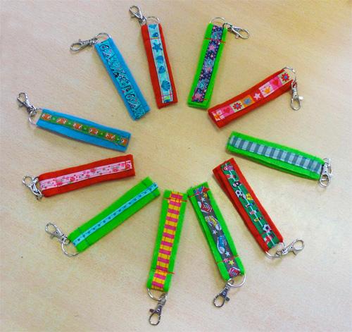 Schlüsselanhänger Grundschule nähen Webband farbenmix