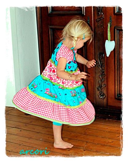 TINI Schnittmuster Mädchen Kleid Shirt farbenmix