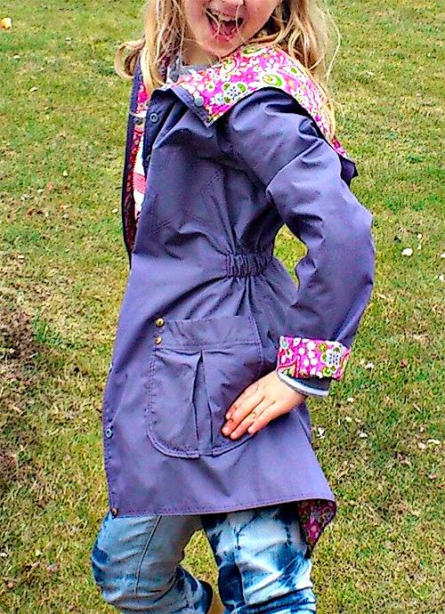 Jacke nach dem Schnittmuster JADE für Mädchen nähen. Anleitung von farbenmix.