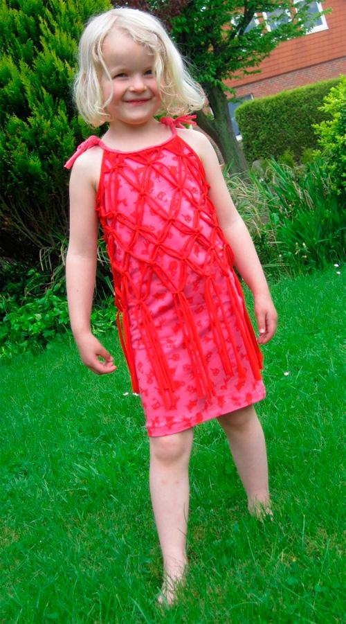 Kleid selber nähen und spenden für die Nähschule in Kamerun Nahow farbenmix