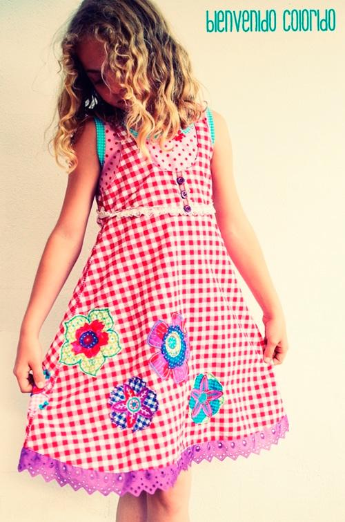 Kleid nach dem Schnittmuster ROSALIE von farbenmix für Mädchen selber nähen