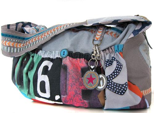 stylische Tasche mit Lettern nähen, gestickte Anhänger