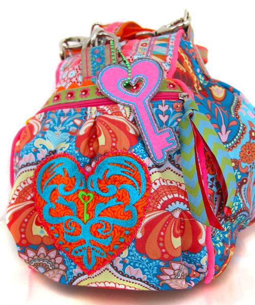 Taschenverzierungen selber nähen und sticken