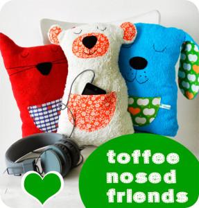 Kuschelfreunde nach dem Kreativ-Ebook toffee nosed friends von farbenmix kinderleicht selber nähen