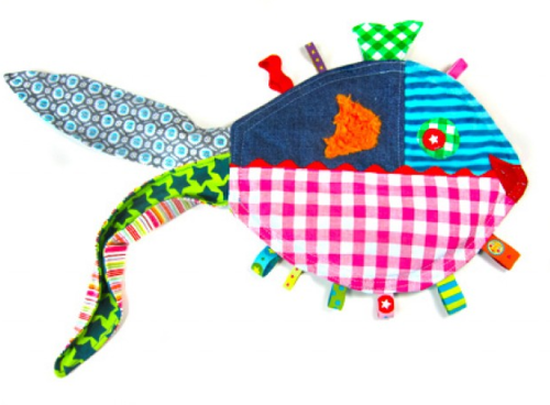 Knistertuch Knisterfisch Babyspielzeug nähen Anleitung
