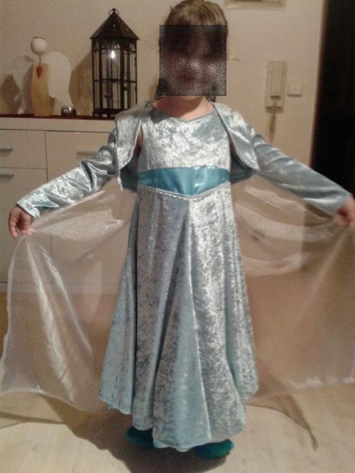 Elsa Kostüm selber nähen Schnittmuster farbenmix Anleitung