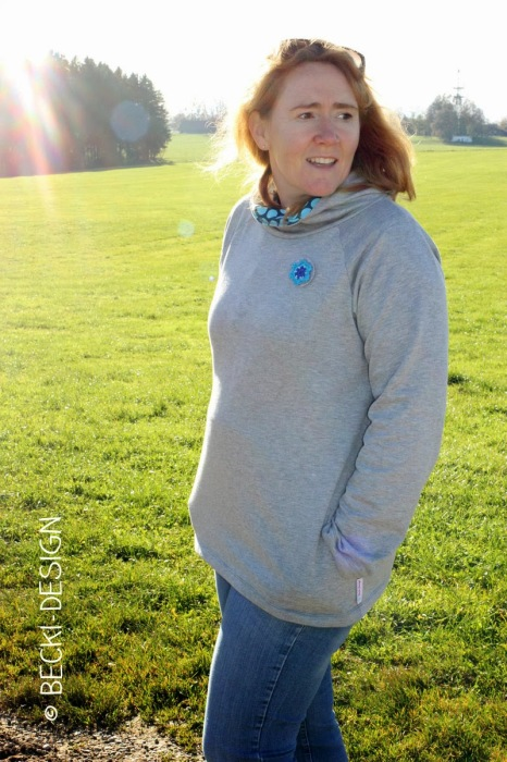 Kanga Kuschelpulli für Damen Pullover selber nähen Anleitung Schnittmuster Download farbenmix
