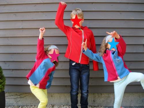 Philippa Schnittmuster Softshelljacke selbst nähen Kinder farbenmix