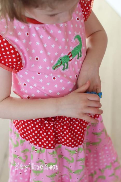 Schnittmuster für ein mädchenhaftes Shirt: Fanö, Shirt mit Raffung nähen