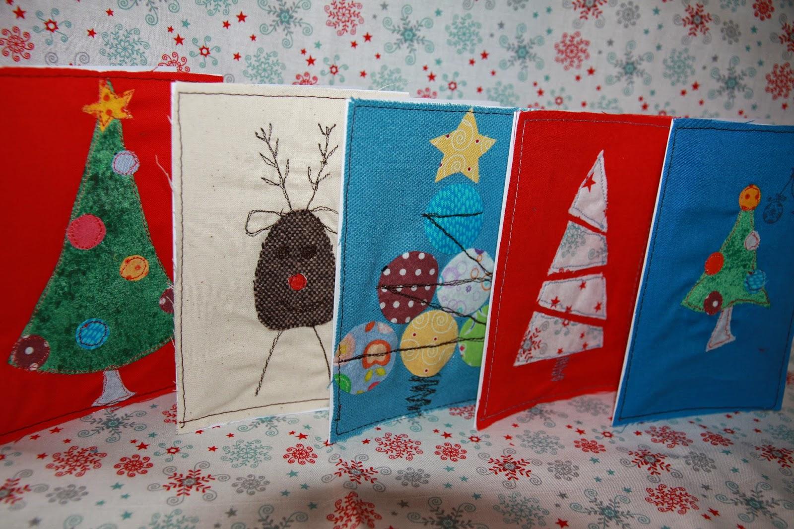 ideen f r weihnachtskarten zum n hen und basteln mit stoff. Black Bedroom Furniture Sets. Home Design Ideas