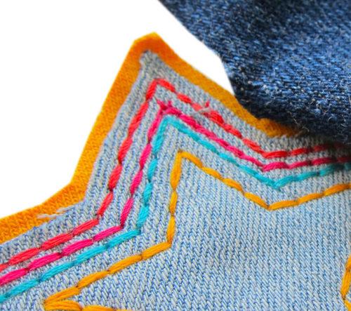 tutorial-4-haarspangen-anstecknadeln-aus-jeans-farbenmix-de