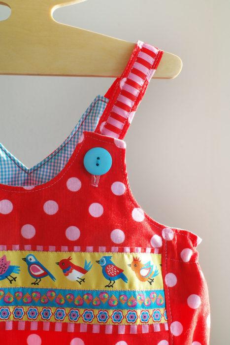 Vida Schnittmuster Farbenmix aufgehübscht mit Borten designer Kollektion Sortenbänder Webbänder Farbenmix Lila Lotta