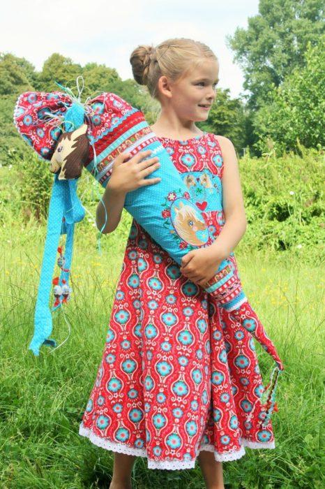 WilEmi zeigt das Einschulungskleid Unique - Schnittmuster von farbenmix - alles rund um die Einschulung selber nähen