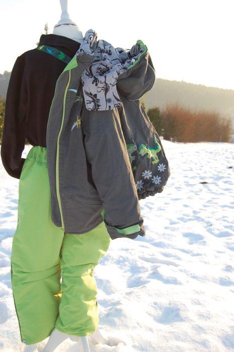 Outdoorhosen nähen mit dem Ebook Schnittmuster YUKI von farbenmix - mit Schritt für Schritt Anleitung - Anfänger geeignet