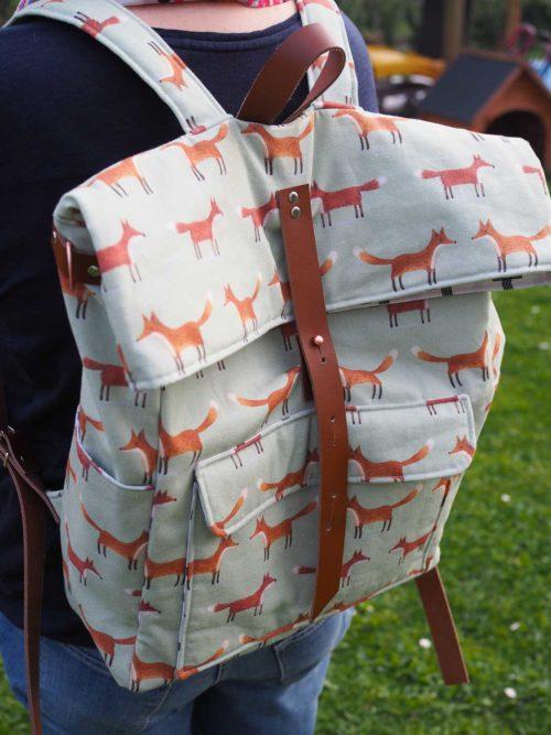 Nähen für die Ferien dazu gehört natürlich auch ein Rucksack. Für Städtetrips oder auch mal für eine kleine Wanderung