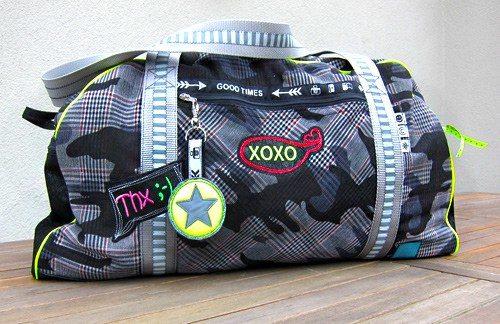 Reisetasche nähen mit dem Ebook Schnittmuster und Schnittanleitung von farbenmix