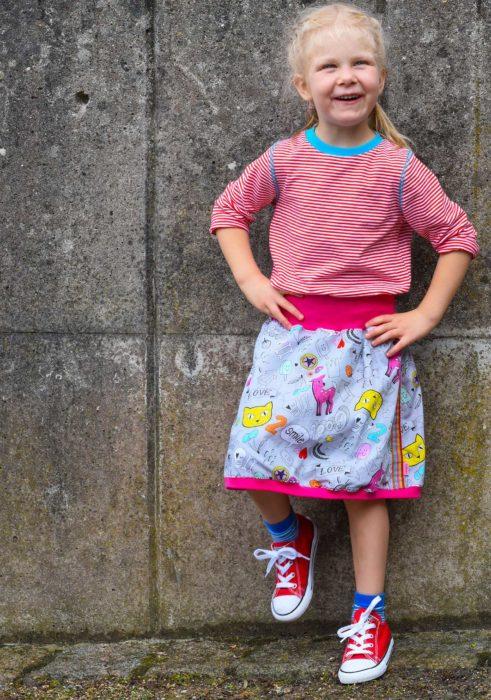 Helma von farbenmix ein Schnittmuster für einen Wenderock für Mutter und Tochter jetzt neu als Ebook