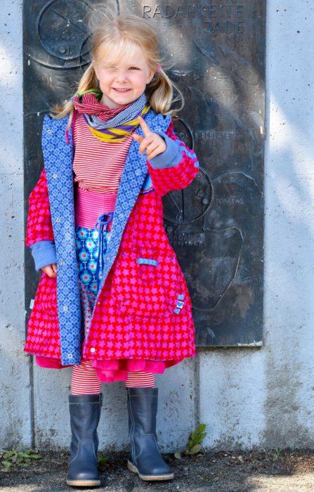Lust einen Kindermantel zu nähen - dann schau dir Fee an. Kindermantel nähen Schritt für Schritt erklärt mit unseren Schnittmustern und Nähanleitungen