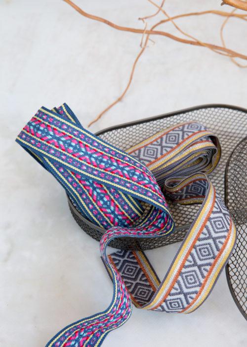 Jacquard Bänder von farbenmix jetzt für alle deine Boho oder Ethno Stil Nähprojekte