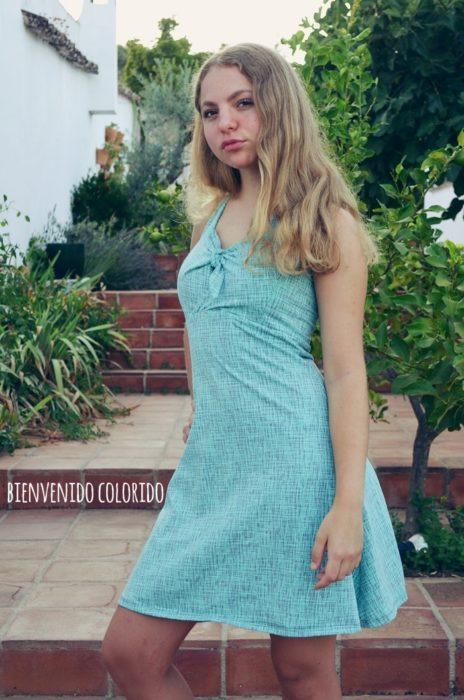 Elena - Neckholderkleid für Teenager nähen mit dem Ebook erhältlich bei farbenmix - schnell und einfach genäht