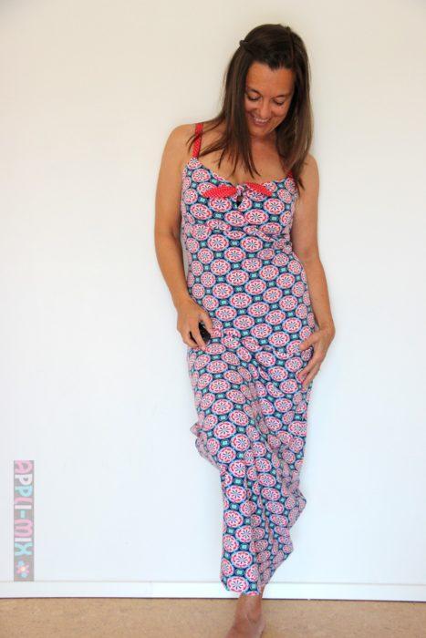Trägerkleid - Sommerkleid aus Jersey lang ruckzuck genäht mit Ebook Elena von farbenmix